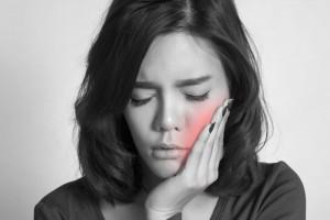 Por qué debes ir al dentista si te sale un flemón (aunque te desaparezca)