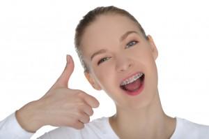 Cómo evitar la aparición de manchas blancas tras una ortodoncia