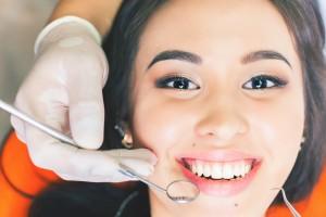 Implantología oral (VIII): ¿Cómo funciona en mi boca un implante dental?