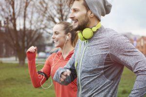 ¿Eres deportista? Recomendaciones para cuidar tu boca y aumentar tu rendimiento