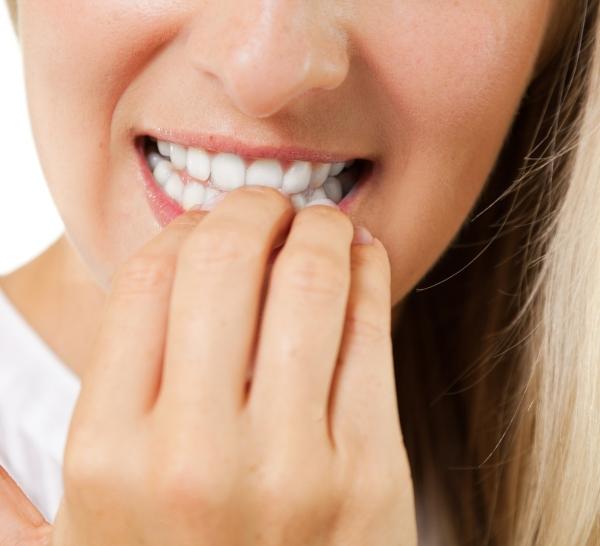 malos hábitos dañan dientes