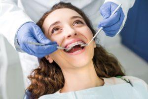 Estas son las razones por las que no te puedes saltar las revisiones de ortodoncia